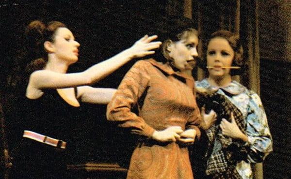 """Una escena de """"Flora, the red menace"""" con Liza Minnelli"""