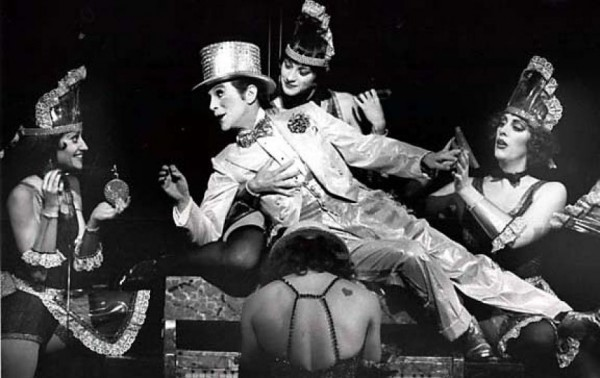 Joel Grey el original M.C. en Broadway