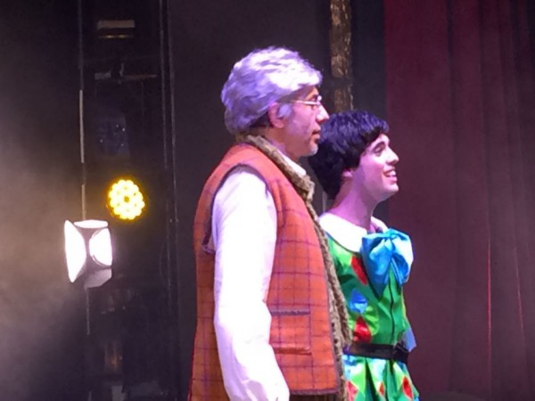 Enric Juezas y Edgar Romero como Gepetto y Pinocho
