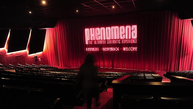 sala phenomena cine en estado puro love for musicals