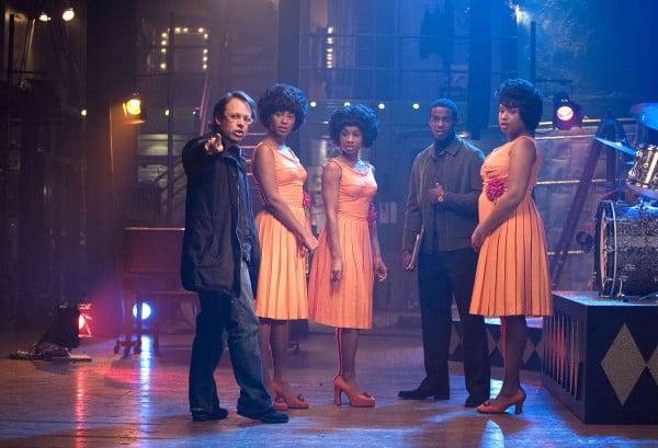 "Bill Condon dirigiendo una escena de ""Dreamgirls"""